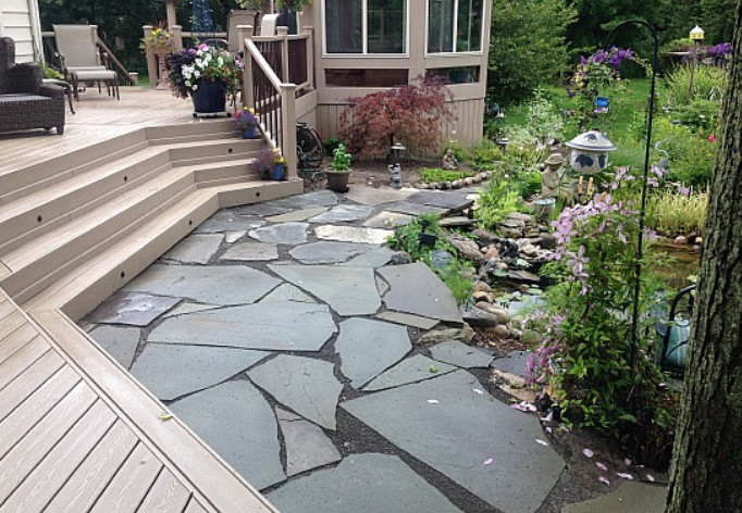 Polymeric Sand Flagstone to Fill the Gaps and Protects the Joints
