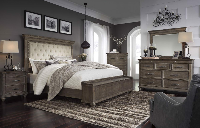Choosing the Johnelle Bedroom Set as the Best Bedroom Furniture