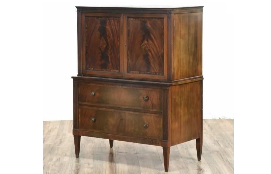 antique gentleman's dresser 1